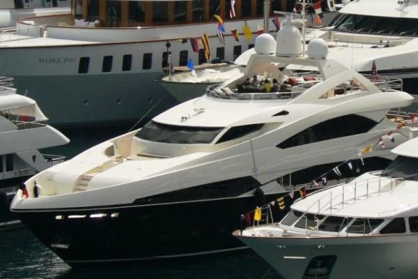 Cote d'Azur Luxury Motor Yacht Charter