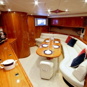 holiday luxury motor yacht uk