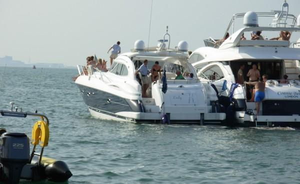 Cowes Week corporate hospitality sunseeker boat hire