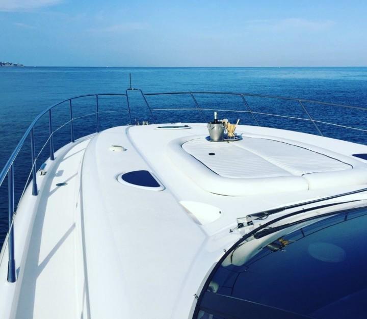 isle of wight festival 2018 sunseeker motor yacht charter
